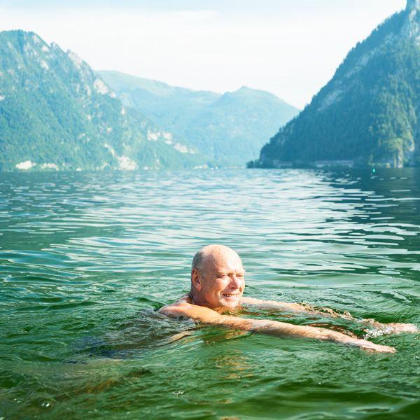 Schwimmen eignet sich gut bei Arthrose