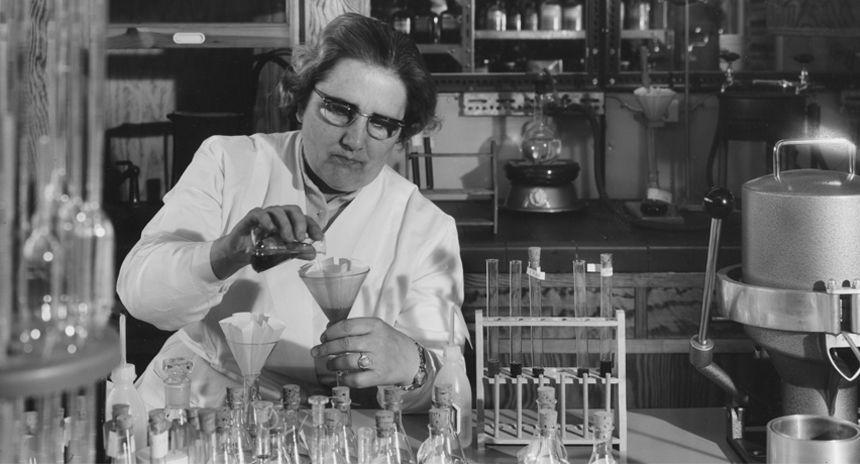 Im chemisch-analytischen Kontroll-Labor